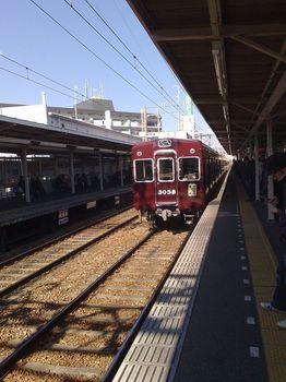 10帰りは阪急30系電車.jpg
